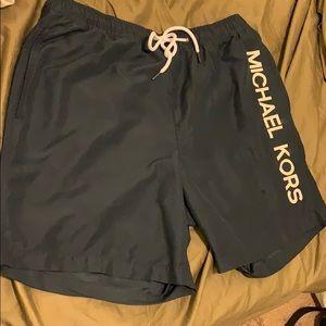 Michael Kors Shorts Size L